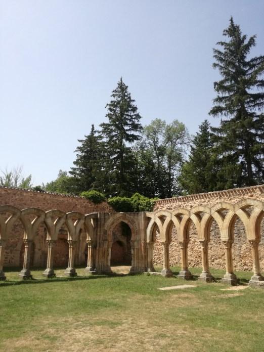 Los Arcos de San Juan de Soria. España de norte a sur