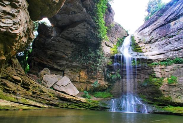 Ruta a roca Foradada de Cantonigrós