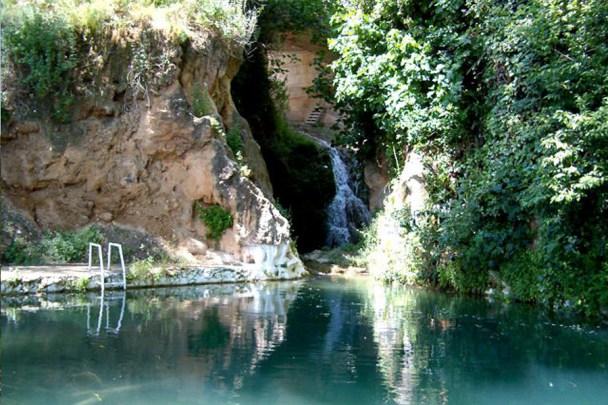 bañarse en las piscinas naturales de Letur