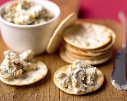 Salsa de queso con nueces