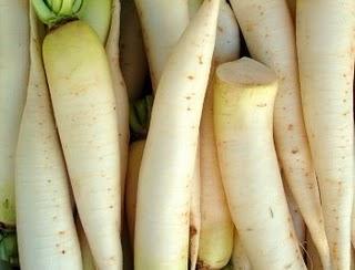 Ensalada de daikon y zanahoria