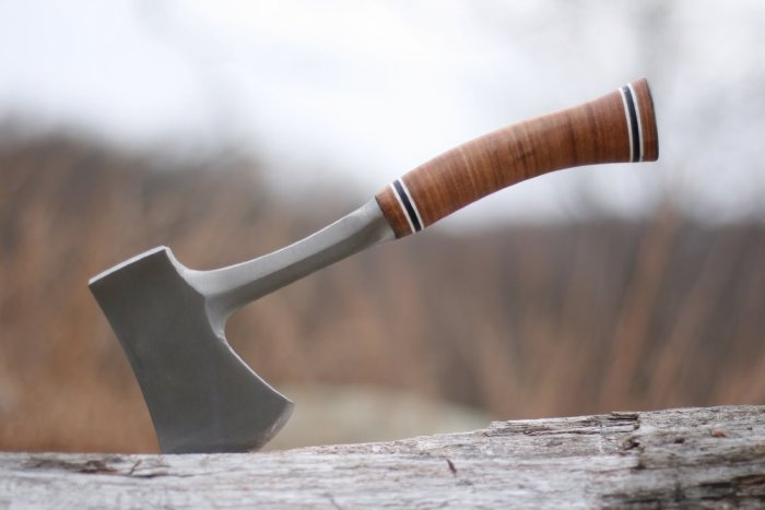 Estwing E24A 14-Inch Sportsman's Axe Review