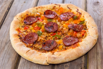 Baked Salami Pizza