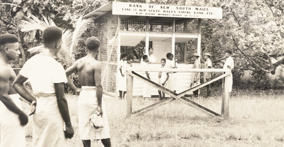 The Bank of New South Wales at a Lae market in 1958. Credit: Westpac