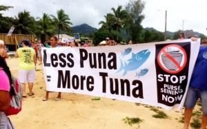 Cook Island protestors. Credit: Florence Syme-Buchanan
