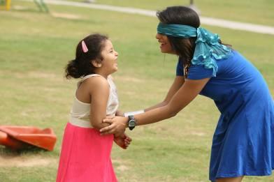 dietitian shreya playing daughter girl park