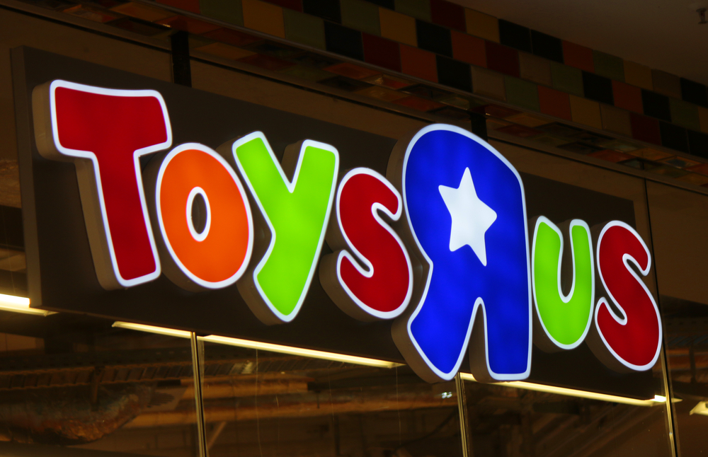 Toys R Us Adventure Stores Open in Chicago, Atlanta