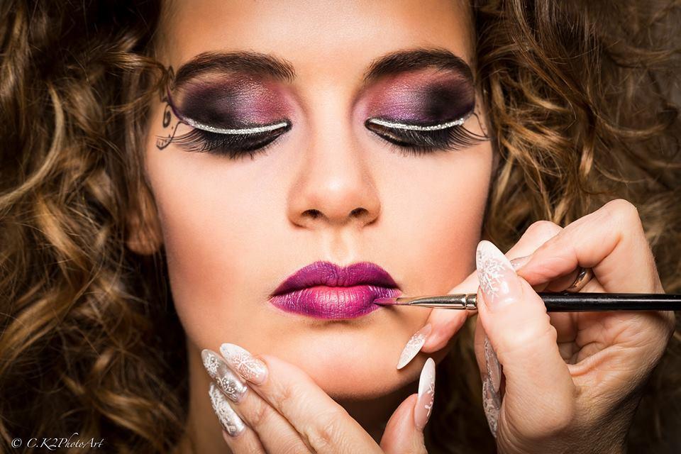 Catwalk Face  Nails  3100 St Plten  Nagelstudio N  MAKE UP  JANE IREDALE  RINGANA