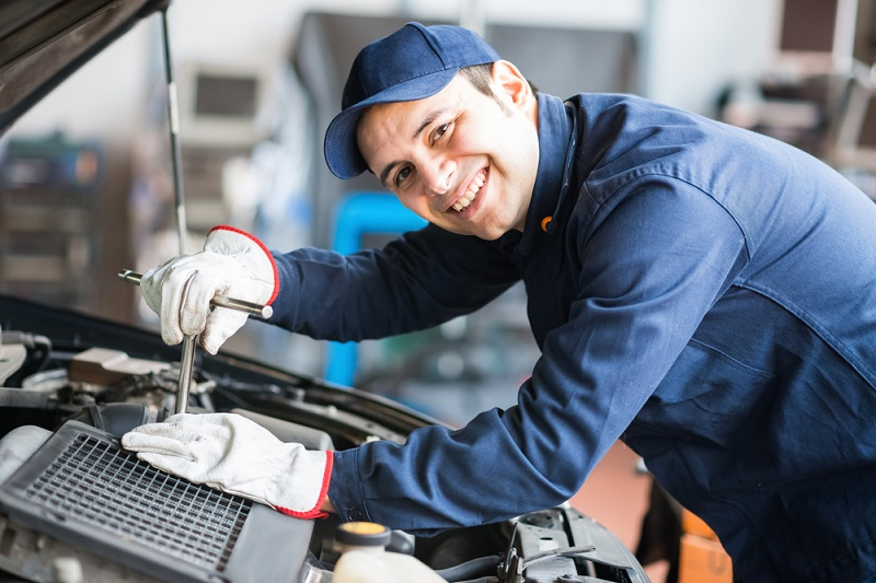 9 Safety Tips For Automotive Work Business Car Manage