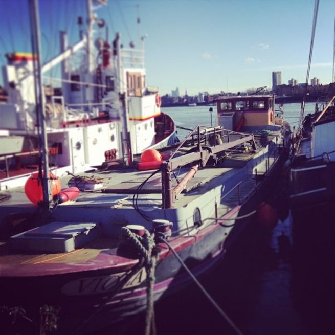 Dutch barge in Southwark, £15 day rate