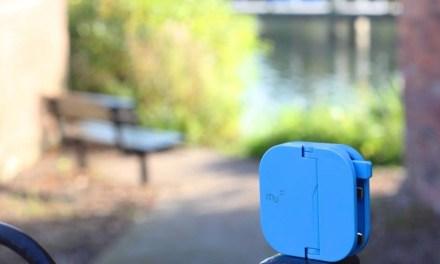 DeskLife: The Mu Folding Plug