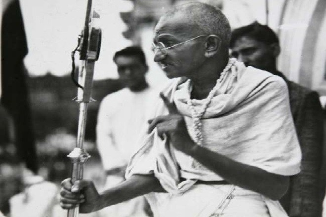 Mahatma Gandhi biography know all the important things related to his life