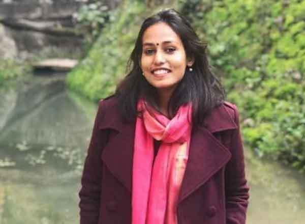 Success Story of IAS Topper Pratishtha