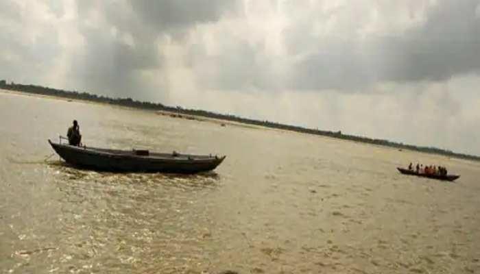dead-bodies in river