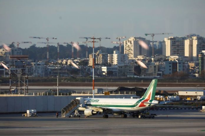 Next week crucial for Italy, EU talks over Alitalia - minister