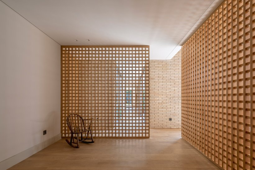 asps white clay brick residence revolves around interior courtyards in mexico city 2