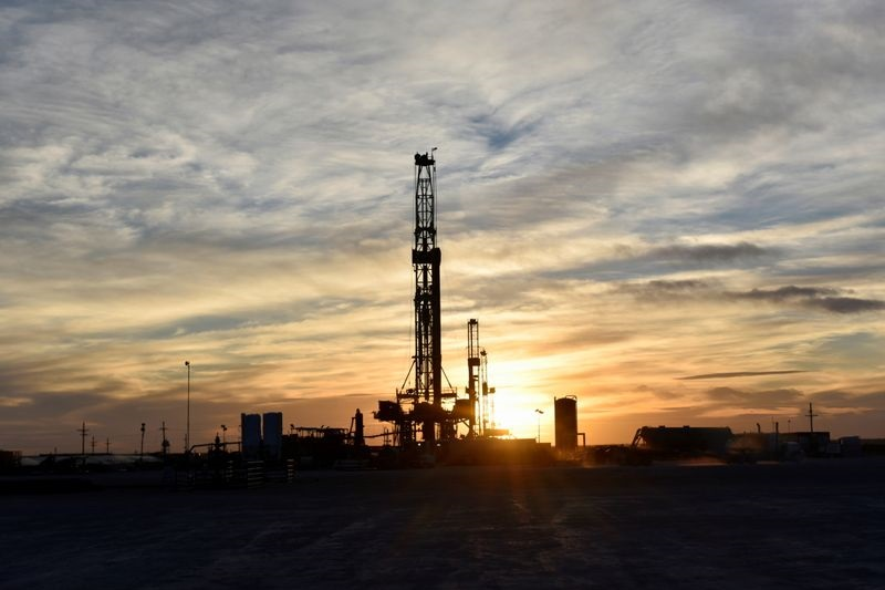 Protesters in eastern Sudan shut oil import pipeline - ministry