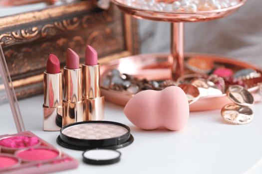 Branding cosmetic boxes