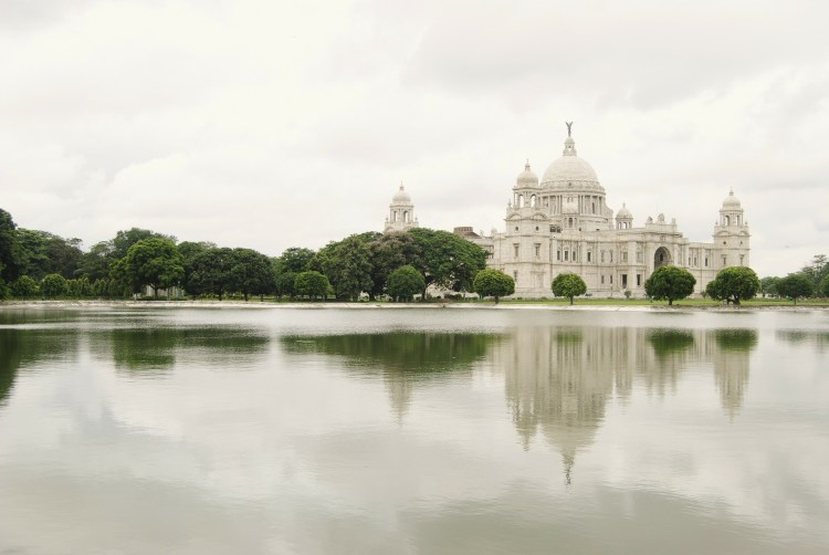 Victoria memorial in Kolkata- one of the famous tourist places