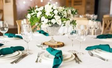 Hire Wedding Decorations 4 c5489fbe