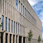 Vorderansicht der Zentralbibliothek der Berliner Humboldt Universität. Foto: Stefan Müller