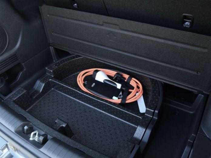 Kia e-Niro underfloor tray for charging cable