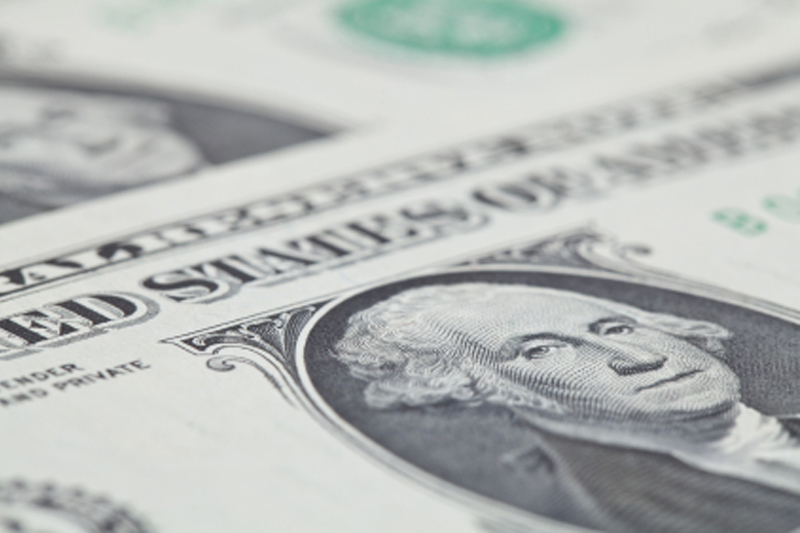 Dollar Remains Near One-Month Lows; Yields Fall