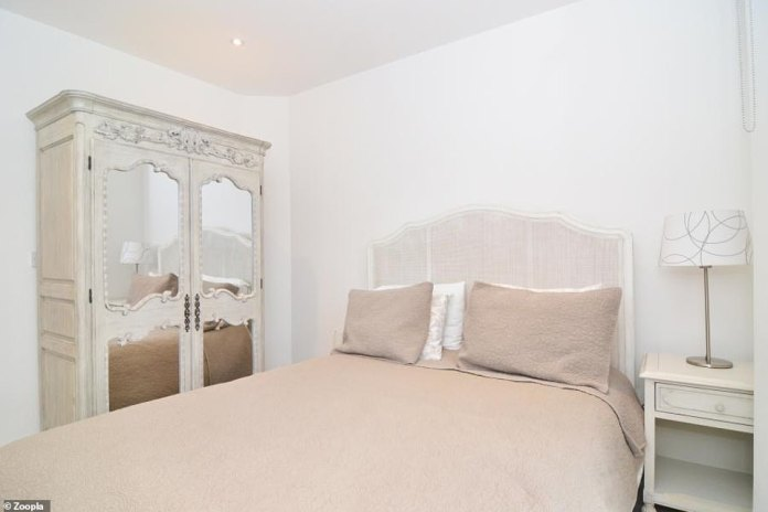 Ideal for a professional couple: There are two bedrooms in the second-floor flat