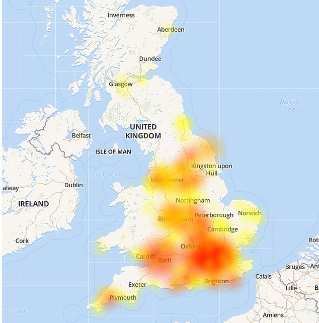 The map shows a surge of people reporting they are unable to access their Lloyds bank accounts in numerous part of the UK