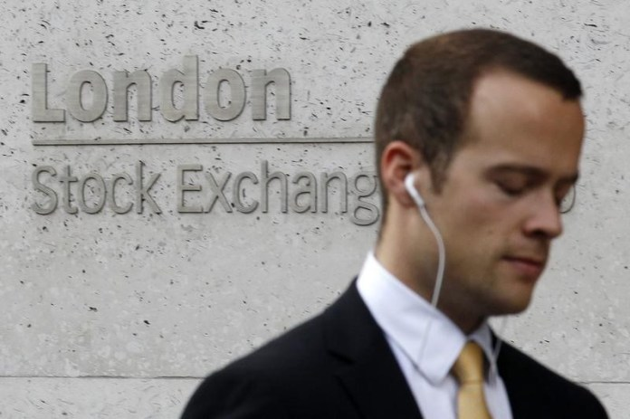 © Reuters.  U.K. shares lower at close of trade; Investing.com United Kingdom 100 down 0.54%