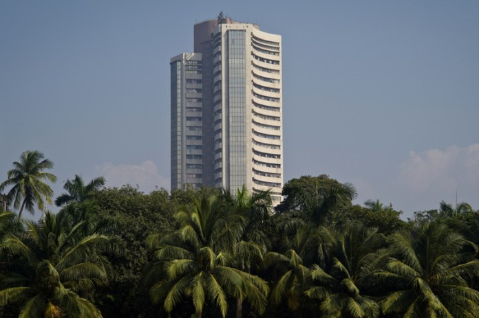 India shares higher at close of trade; Nifty 50 up 0.23%