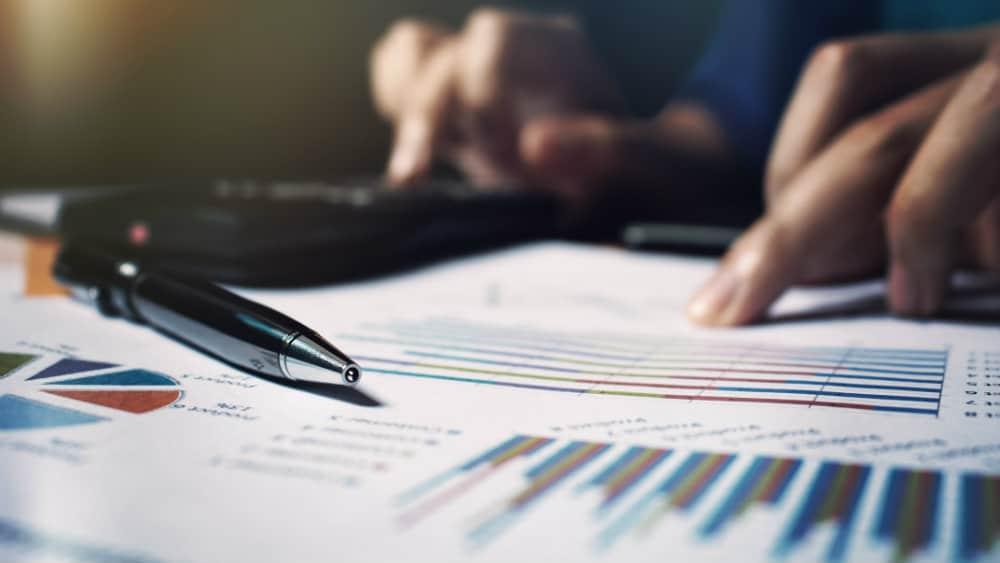 Is Aviva's 7% dividend yield safe?