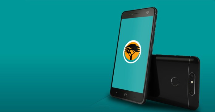 FNB banking clients to get free airtime, data - TechCentral
