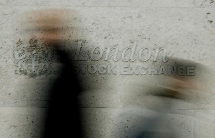 © Reuters.  U.K. shares lower at close of trade; Investing.com United Kingdom 100 down 0.06%