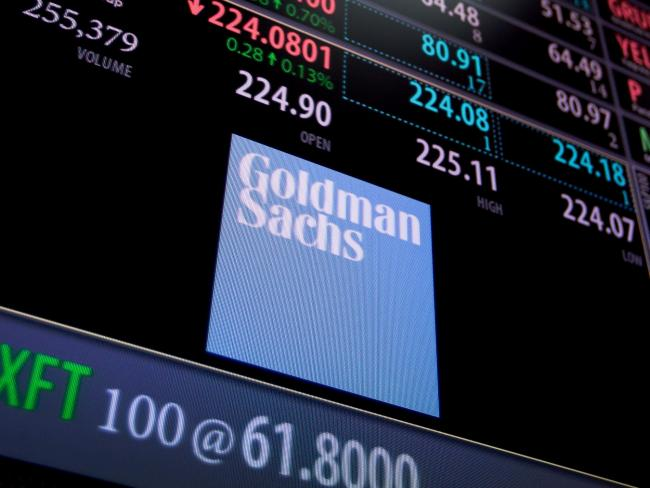 © Bloomberg. Goldman Sachs Group Inc. signage is displayed on a monitor on the floor of the New York Stock Exchange (NYSE) in New York, U.S., on Monday, May 1, 2017. U.S. stocks resumed pursuit of a record, while haven demand ebbed as optimism from earnings reports and a deal by Congress to avert a government shutdown offset fresh signs the world's largest economy had a sluggish start to the year.