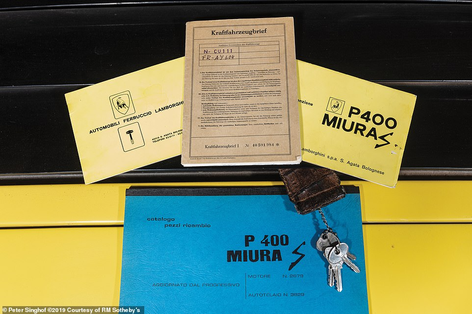 It also has the original German title from 1971, its original service book, as well as many period documents, invoices and the original correspondence with the Italian factory