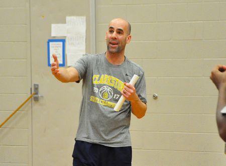 Clarkston basketball coach Tim Wasilk