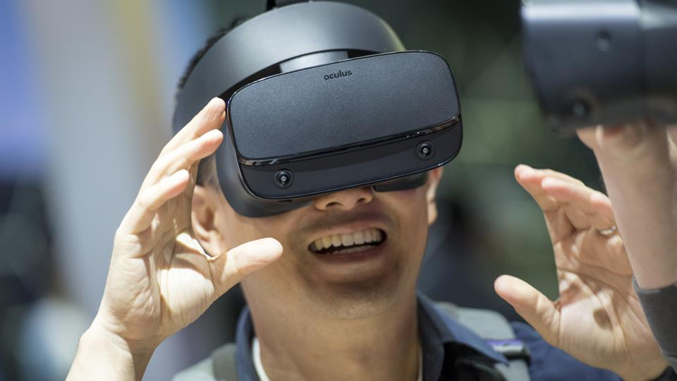 Tips To Experience Virtual Reality In Your Smartphone Imported From China