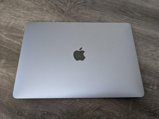 Battery life is humongous on the new MacBook Pro (Metro.co.uk)