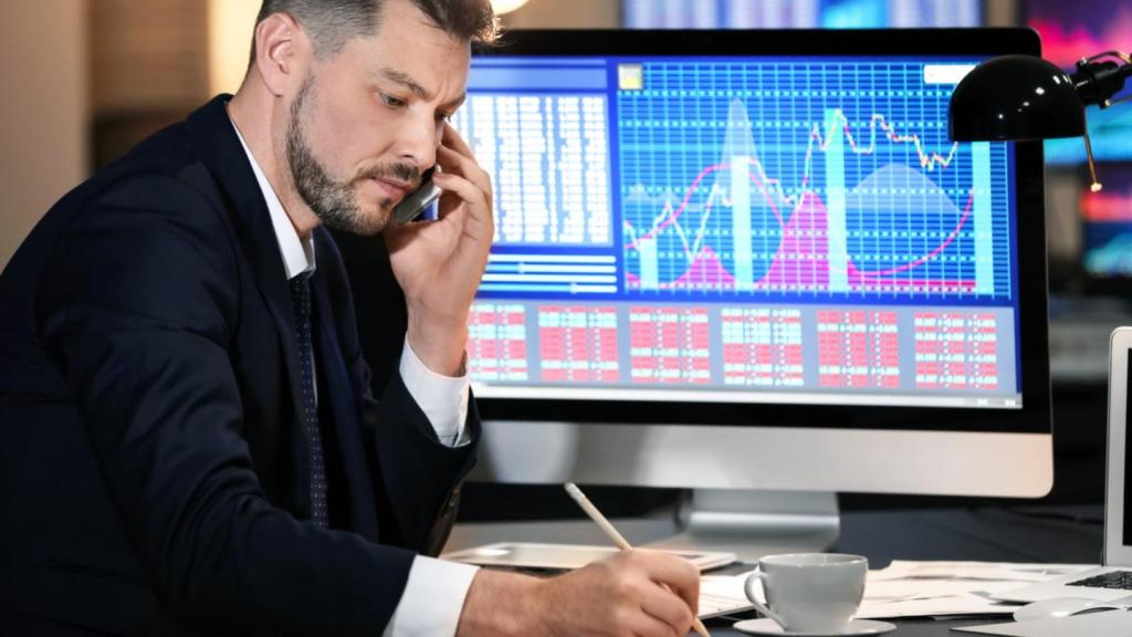 How to Reach Success in CFD Trading