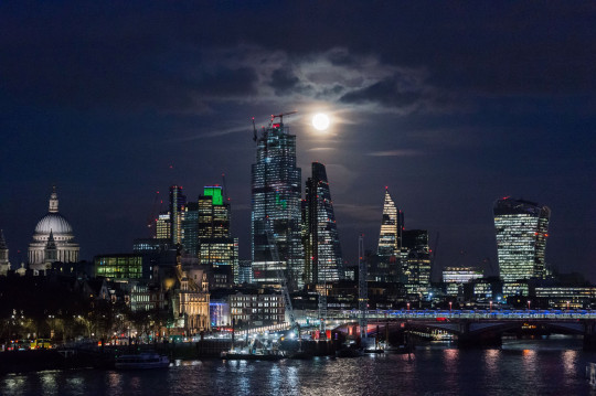 The Snow moon rises above London in 2019 (Photo by WIktor Szymanowicz/NurPhoto via Getty Images)