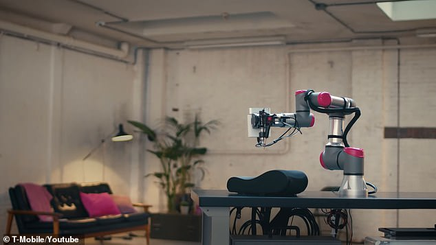 Designers at the Mill had to develop much of the tech for their robotic arm from the ground up,fabricating much of it with 3D printers