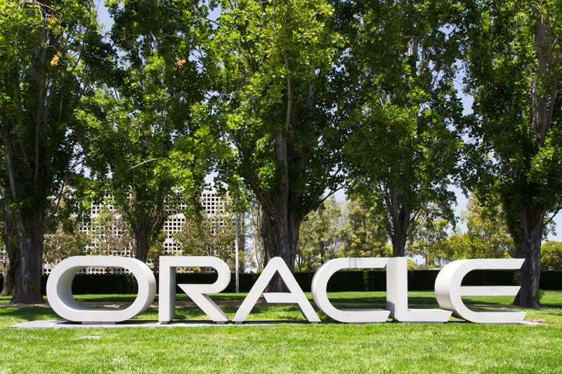 Oracle Tumbles as Cloud Revenues Disappoint; Mum on Bitcoin