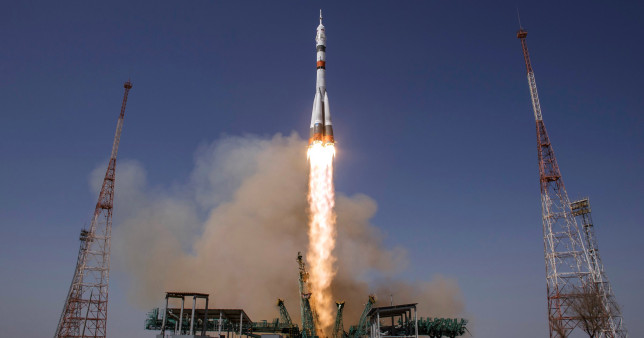 Russian / US space crew blast off on mission to ISS