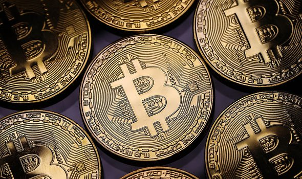 Bitcoin's price fell 10 percent