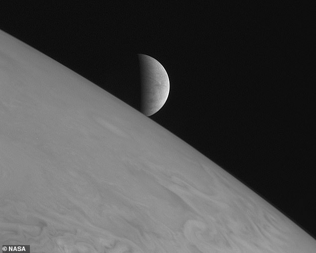 Europa is the fourth largest moon of the gas giant Jupiter, and is thought to have a massive 100 mile deep liquid water ocean beneath its frozen surface