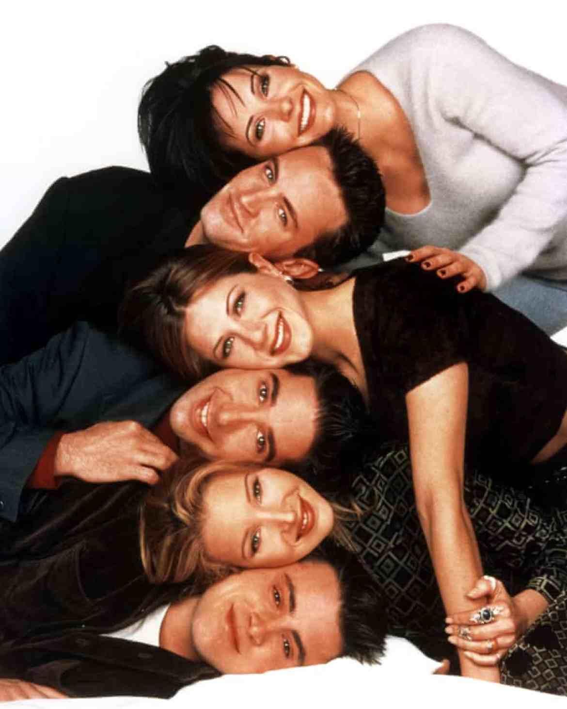 FRIENDS, from top: Courtney Arquette, Matthew Perry, Jennifer Aniston, David Schwimmer, Lisa Kudrow and Matt LeBlanc.