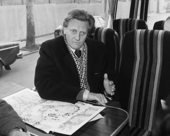 Michael Heseltine, then environment secretary, talks to reporters about the Canary Wharf project in 1980