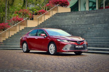 all new camry singapore fitur grand veloz toyota review less staid more sporty hub the business times