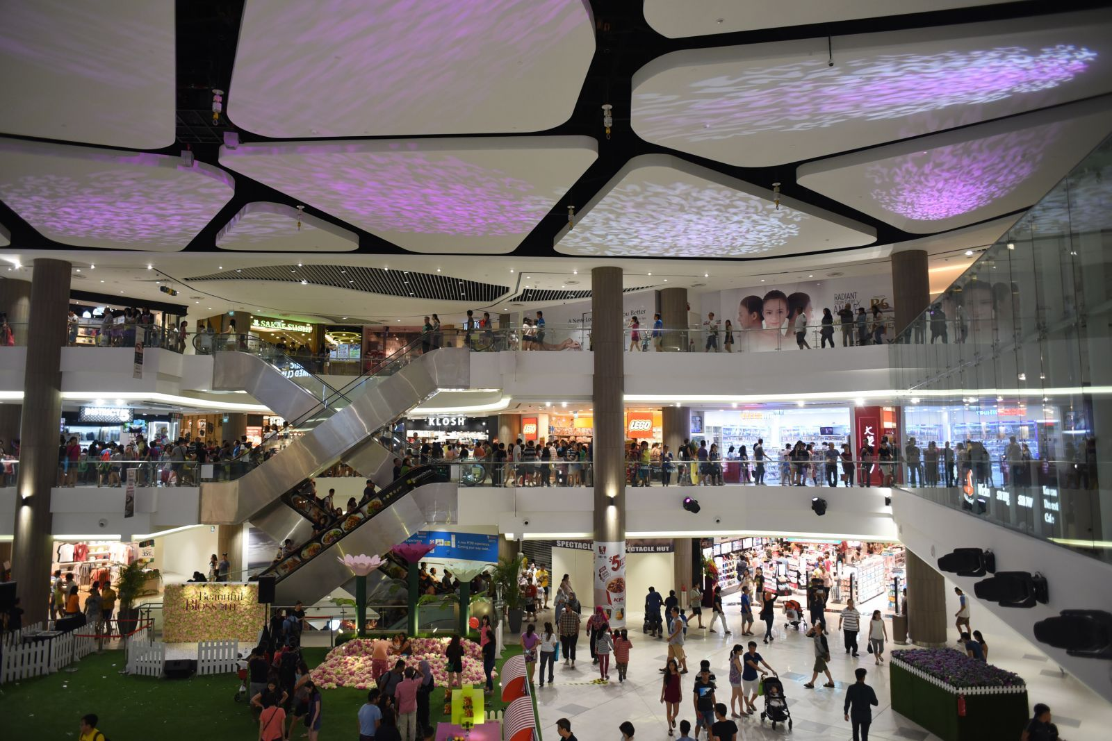 Singapore malls take lead in bumping up food space to counter ...